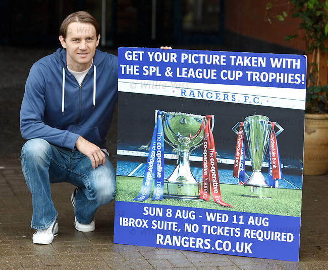 Sasa Papac promotes Rangers trophy pictures