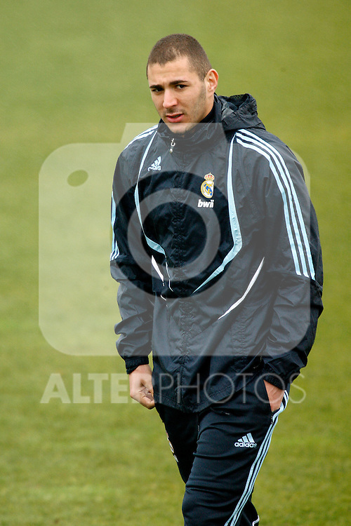 Madrid (25/02/10).-Entrenamiento del Real Madrid..Karim Benzema...© Alex Cid-Fuentes/ ALFAQUI..Madrid (25/02/10).-Training session of Real Madrid c.f..Karim Benzema...© Alex Cid-Fuentes/ ALFAQUI.