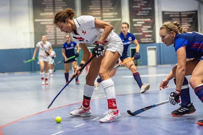 Mannheim, Germany, January 03: During the 1. Bundesliga women indoor hockey match between TSV Mannheim and Mannheimer HC on January 3, 2020 at Primus-Valor Arena in Mannheim, Germany. Final score 4-4. (Photo by Dirk Markgraf / www.265-images.com) *** Tara Duus #17 of TSV Mannheim