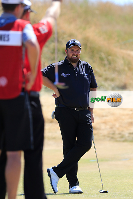 Shane LOWRY (IRL) on the 6th green during Sunday's Final Round of the 2015 U.S. Open 115th National Championship held at Chambers Bay, Seattle, Washington, USA. 6/21/2015.<br /> Picture: Golffile | Eoin Clarke<br /> <br /> <br /> <br /> <br /> All photo usage must carry mandatory copyright credit (&copy; Golffile | Eoin Clarke)