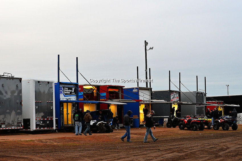 Feb 06, 2014; 6:54:05 PM; Waynesville, GA., USA; The Lucas Oil Late Model Dirt Series running The Georgia Boot Super Bowl of Racing at Golden Isles Speedway.  Mandatory Credit: (thesportswire.net)