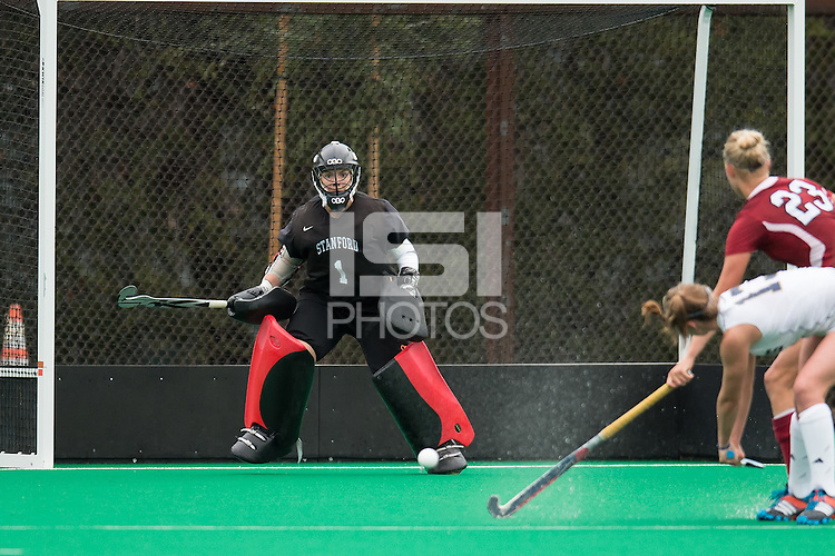 STANFORD, CA - October 31, 2014:  The Stanford Cardinal vs the UC Davis Aggies at Varsity Field Hockey Turf in Stanford, CA. Final score Stanford Cardinal 2, UC Davis Aggies 1.