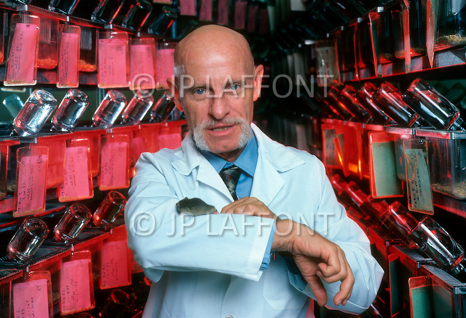 October 1984, Los Angeles, California, USA American biologist and researcher in gerontology at the University of California, Roy Walford.