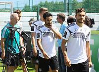 Ilkay Guendogan (Deutschland, Germany), Jonas Hector (Deutschland Germany) - 05.06.2018: Training der Deutschen Nationalmannschaft zur WM-Vorbereitung in der Sportzone Rungg in Eppan/Südtirol