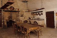 Europe/France/Auverne/63/Puy-de-Dôme/Aigueperse: Le Château de La Roche Aigueperse - la cuisine