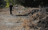 Pictured: Detective Inspector Jon Cousins of South Yorkshire Police at the new plot of land where a new search will take place in Kos, Greece. Thursday 06 October 2016<br />