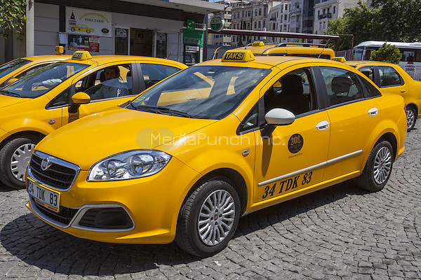 Taxis, Istanbul, Turkey  May 2015.<br /> CAP/MEL<br /> &copy;MEL/Capital Pictures /MediaPunch ***NORTH AND SOUTH AMERICA ONLY***