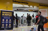 GUARULHOS, SP, 28.07.2016 – AEROPORTO-SP - Movimentação tranquila de passageiros no Aeroporto Internacional Governador Andre Franco Montoro na cidade de Guarulhos na grande São Paulo nesta quinta-feira, 28. (Foto: Marcos Moraes/Brazil Photo Press)