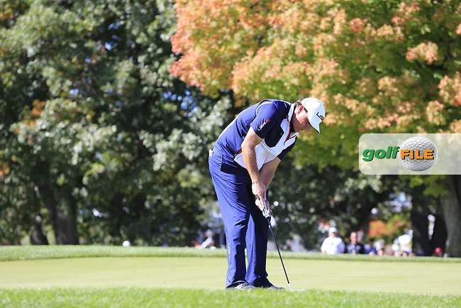 Phil Mickelson US Team putts on the 2nd green during Sunday Singles Matches of the 41st Ryder Cup, held at Hazeltine National Golf Club, Chaska, Minnesota, USA. 2nd October 2016.<br /> Picture: Eoin Clarke | Golffile<br /> <br /> <br /> All photos usage must carry mandatory copyright credit (&copy; Golffile | Eoin Clarke)