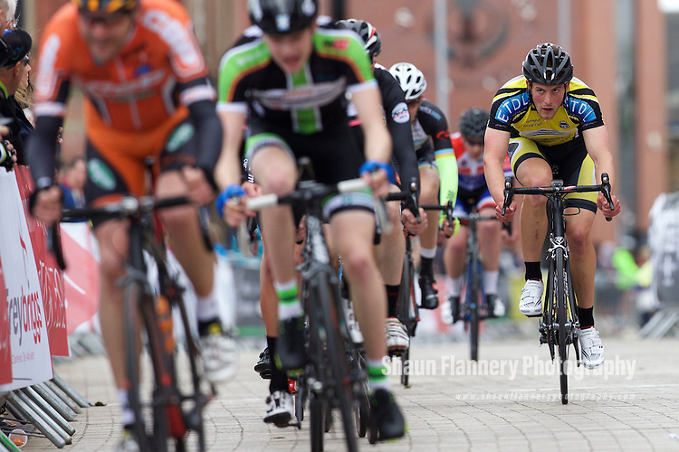 Pix: Shaun Flannery/shaunflanneryphotography.com<br /> <br /> COPYRIGHT PICTURE&gt;&gt;SHAUN FLANNERY&gt;01302-570814&gt;&gt;07778315553&gt;&gt;<br /> <br /> 31st May 2015<br /> Doncaster Cycle Festival 2015<br /> Men's 3/4 <br /> Sponsored by Get Doncaster Cycling