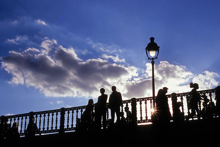 Pont d'Arcole, Paris, 2011.