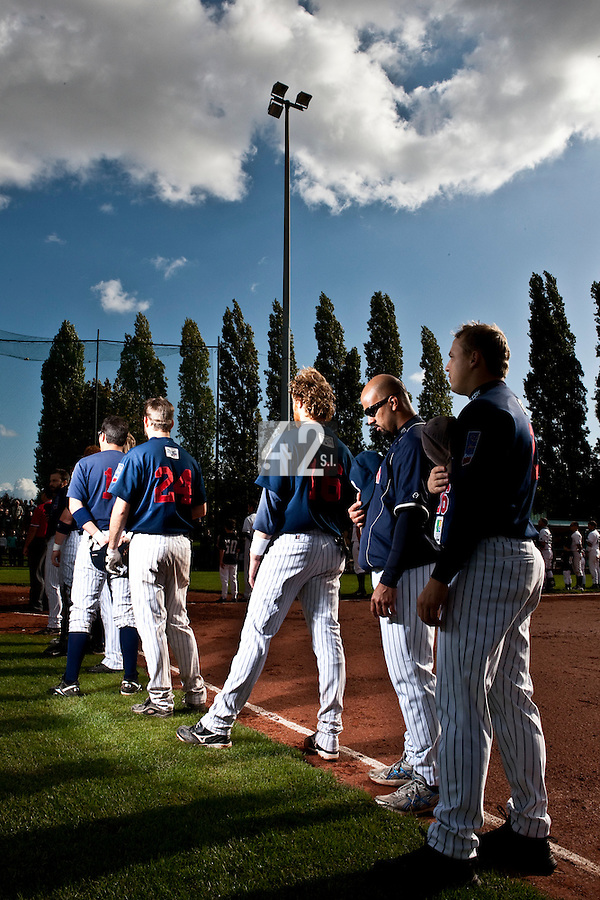 10 october 2009: Players of Team Rouen stand during the national anthem during game 3 of the 2009 French Elite Finals won 4-2 by Savigny over Rouen, at Stade Jean Moulin stadium in Savigny sur Orge, near Paris, France.