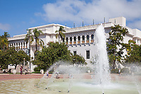 Bea Evenson Fountain and the San Diego Natural History Museum in Balboa Park