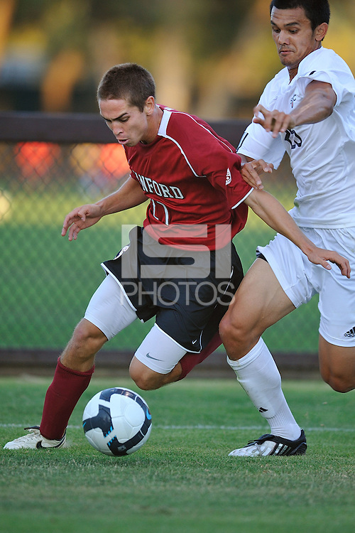 STANFORD, CA - AUGUST 25:  Garrett Gunther of the Stanford Cardinal during Stanford's 0-0 tie with the St. Mary's Gaels at Laird Q. Cagan Stadium on August 25, 2009 in Stanford, California.