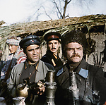 На перевале не стрелять (1983)
