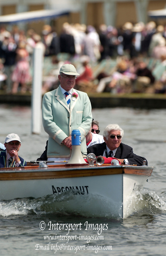 Henley Royal Regatta. Henley-on-Thames, ENGLAND, 28.06.2006. Umpires launch, Chairman Mike SWEENEY, Peter Spurrier/Intersport Images.email images@intersport-images.com... Henley Royal Regatta, Rowing Courses, Henley Reach, Henley, ENGLAND [Mandatory credit; Peter Spurrier/Intersport Images] 2006 . HRR.