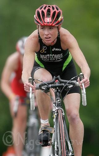 27 MAY 2007 - MOTHERWELL, UK - Andrea Whitcombe - Corus Elite Triathlon Series Rd 1. (PHOTO (C) NIGEL FARROW)