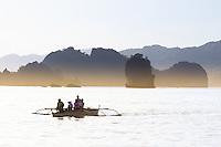 Philippines-Luzon-Bicol-Caramoan-national-Park. 3-5-star.