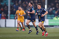 25th January 2020; Sixways Stadium, Worcester, Worcestershire, England; Premiership Rugby, Worcester Warriors versus Wasps; Duncan Weir of Worcester Warriors goes back to the kick off after scoring the first free kick for 3-0 15th minute
