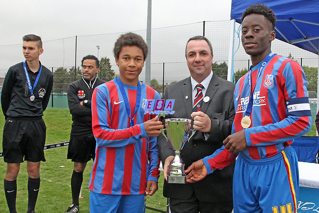 BROOMWOOD COLTS v PALACE GUARD<br /> LONDON COUNTY SATURDAY YOUTH LEAGUE U15 CUP FINAL SATURDAY 23RD MAY 2015 LONG LANE FC