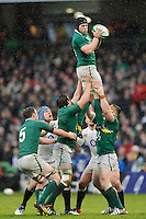 Sean O'Brien of Ireland wins the lineout during the RBS 6 Nations match between Ireland and England at the Aviva Stadium, Dublin on Sunday 10 February 2013 (Photo by Rob Munro)