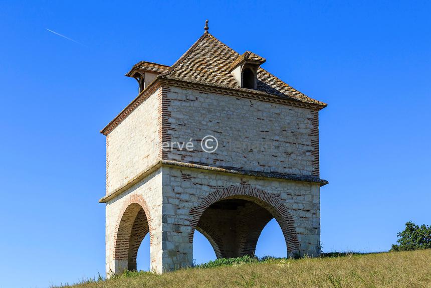 France, Lot-et-Garonne (47), Penne-d'Agenais, pigeonnier // France, Lot et Garonne, Penne d'Agenais, dovecote