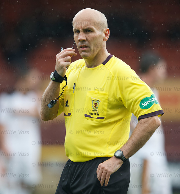 Referee Stephen Finnie