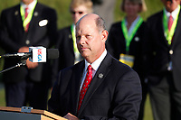 Mike Davis the CEO of the USGA speaks to the crowd during the trophy presentation for the 118th U.S. Open Championship at Shinnecock Hills Golf Club in Southampton, NY, USA. 17th June 2018.<br /> Picture: Golffile | Brian Spurlock<br /> <br /> <br /> All photo usage must carry mandatory copyright credit (&copy; Golffile | Brian Spurlock)