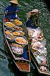 Mercado flutuante em Bangcoc. Tailandia. 1994. Foto de Maristela Colucci.