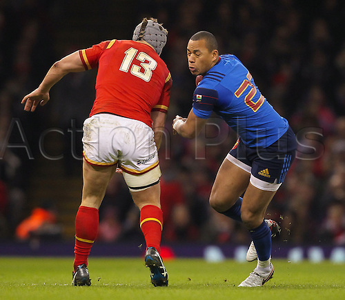 26.02.2016. Principality Stadium, Cardiff, Wales. RBS Six Nations Championships. Wales versus France. France's Gael Fickou evades would be tackler Wales Jonathan Davies