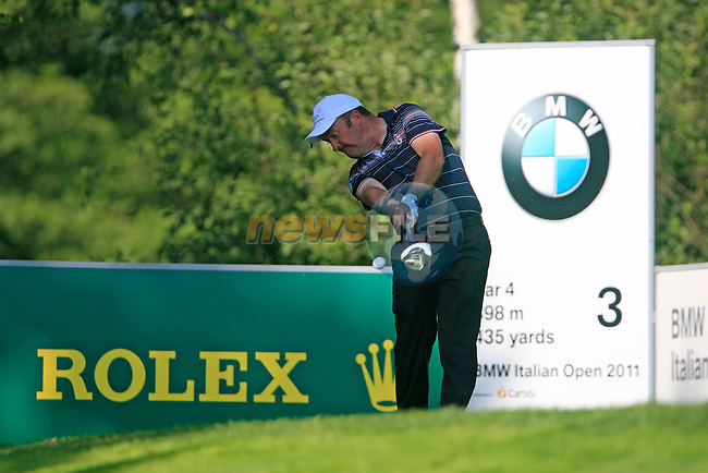 Damien McGrane (IRL) in action on the 3rd tee during Day 3 of the BMW Italian Open at Royal Park I Roveri, Turin, Italy, 11th June 2011 (Photo Eoin Clarke/Golffile 2011)