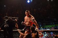 SÃO PAULO,SP, 08.11.2015. - UFC-SP - O brasileiro Vitor Belfort derrotou o americano Dan Henderson no primeiro round do UFC São Paulo, disputado no Ginásio do Ibirapuera, na zona sul da cidade, na madrugada deste domingo, 08. (Foto: Eduardo Martins/Brazil Photo Press)