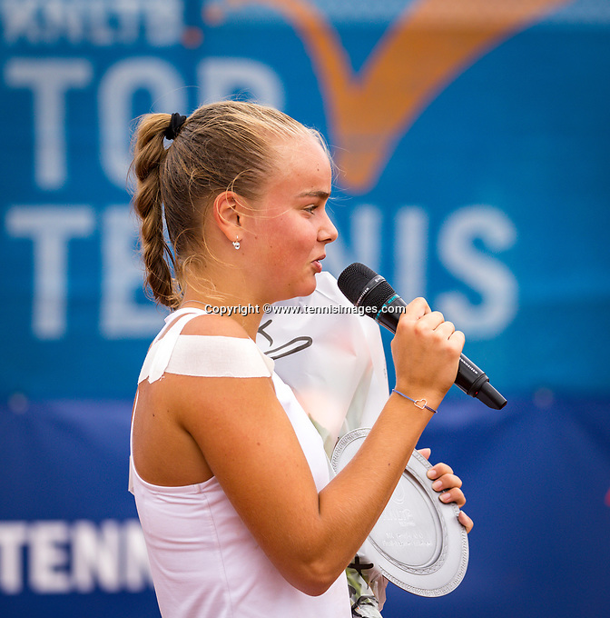 Amstelveen, Netherlands, 1 August 2020, NTC, National Tennis Center, National Tennis Championships,  womens single final: Runner up Bente Spee (NED) at the prizegiving