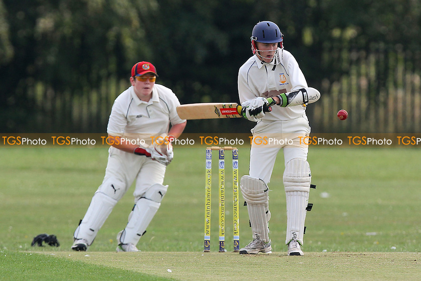 Rainham CC 3rd XI (batting) vs Hornchurch Athletic CC 4th XI - Mid-Essex Cricket League at Spring Park Farm - 26/07/14 - MANDATORY CREDIT: Gavin Ellis/TGSPHOTO - Self billing applies where appropriate - contact@tgsphoto.co.uk - NO UNPAID USE