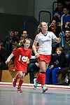 Mannheim, Germany, January 24: During the 1. Bundesliga Damen Hallensaison 2014/15 quarter-final hockey match between Mannheimer HC (white) and Harvestehuder THC (black) on January 24, 2015 at Irma-Roechling-Halle in Mannheim, Germany. Final score 2-3 (2-2). (Photo by Dirk Markgraf / www.265-images.com) *** Local caption *** Nike Lorenz #16 of Mannheimer HC