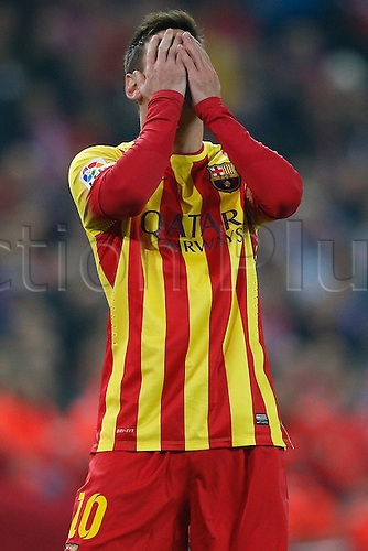 11.01.2014 Madrid, Spain. Atletico de Madrid versus F.C. Barcelona at Vicente Calderon stadium.   Lionel Andres Messi (Argentine forward of Barcelona) with a miss