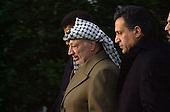 Palestinian Authority Chairman Yassir Arafat departs the White House in Washington, D.C. on January 2, 2001 after his talks in the Oval Office with United States President Bill Clinton..Credit: Ron Sachs / CNP
