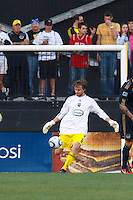 24 OCTOBER 2010:  Columbus Crew midfielder/forward Eddie Gaven (12) takes a goal kick during MLS soccer game at Crew Stadium in Columbus, Ohio on August 28, 2010.
