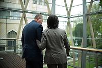 Berlin, der SPD-Kanzlerkandidat Peer Steinbrück und die Ministerpräsidentin von Rheinland-Pfalz, Malu Dreyer (SPD), am Donnerstag (02.05.13) in der Landesvertretung Nordrhein-Westfalen in Berlin bei einem Treffen der SPD-Ministerpräsidenten..Foto: Steffi Loos/CommonLens
