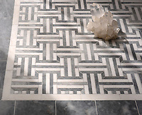 Gaston stone mosaic in polished Allure and polished Paperwhite. Polished Allure and Carrara border cut tiles sold separately.