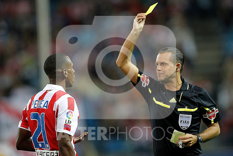 Atletico de Madrid's Perea  yellow card during la Liga match, september 26, 2010...Photo: Cesar Cebolla / ALFAQUI