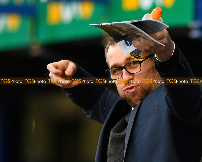 Crewe Alexandra Manager David Artell during Portsmouth vs Crewe Alexandra, Sky Bet EFL League 2 Football at Fratton Park on 4th March 2017