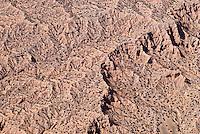 4415 / Mondladschaft: AMERIKA, VEREINIGTE STAATEN VON AMERIKA, NEW MEXICO,  (AMERICA, UNITED STATES OF AMERICA), 10.09.2006: Wueste, Steinwueste, Mondlandschft, Berge, Huegel, Steine