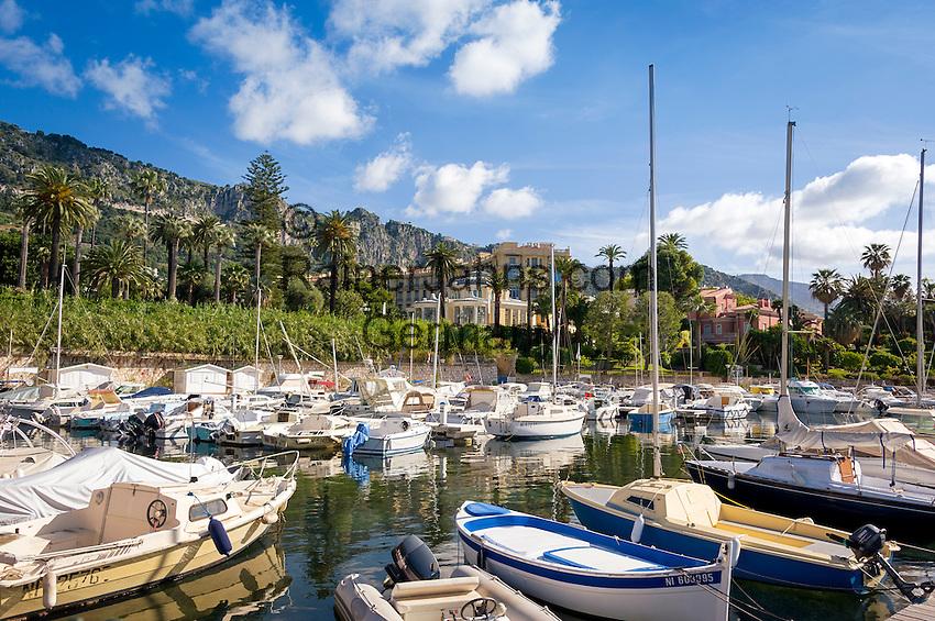 France, Provence-Alpes-Côte d'Azur, Beaulieu-sur-Mer: marina | Frankreich, Provence-Alpes-Côte d'Azur, Beaulieu-sur-Mer: Yachthafen