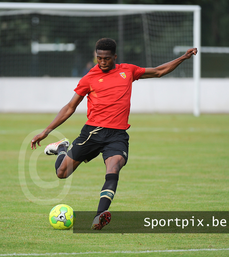 20160713 - DOUAI , FRANCE : RC Lens' Jean Kevin Duverne pictured during a friendly game between Racing Club de LENS and Waasland Beveren during the preparations for the 2016-2017 season , Wednesday 13 July 2016 ,  PHOTO Dirk Vuylsteke | Sportpix.Be