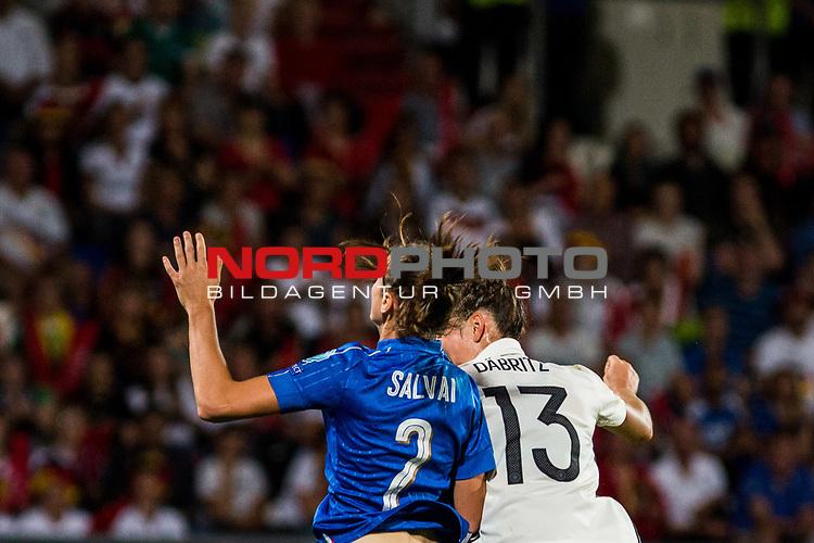 21.07.2017, Koenig Willem II Stadion , Tilburg, NLD, Tilburg, UEFA Women's Euro 2017, Deutschland (GER) vs Italien (ITA), <br /> <br /> im Bild | picture shows<br /> Cecilia Salvai (Italien #2) | (Italy #2) gegen Sara Daebritz (Deutschland #13) | (Germany #13), <br /> <br /> Foto © nordphoto / Rauch