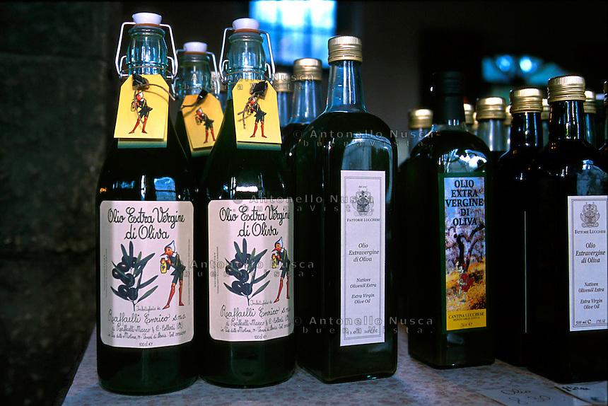 Olio di oliva venduto a Collodi