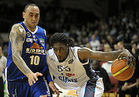 Giants import Rod Grizzard drives past Leon Henry. NBL - Wellington Saints v Nelson Giants at TSB Bank Arena, Wellington, New Zealand on Thursday, 19 May 2011. Photo: Dave Lintott / lintottphoto.co.nz