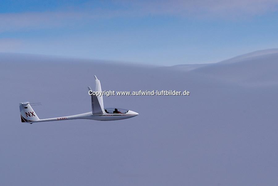 Segelflug, Segelflugzeug, ASH 25 EB, NX, Doppelsitzer, Offene Klasse, NX, Ulrich Knauss, Welle, Lenticularis, über den Wolken