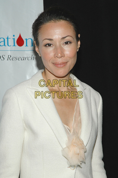 ANN CURRY.T.J. Martell Foundation 30th Anniversary Gala at the Marriott Marquis in Times Square.  .6th October 2005.Ref:ADM/PO.half length host hosts presenter presenters white wool jacket chiffon shirt.www.capitalpictures.com.sales@capitalpictures.com.©Patti Ouderkirk/AdMedia/Capital Pictures.